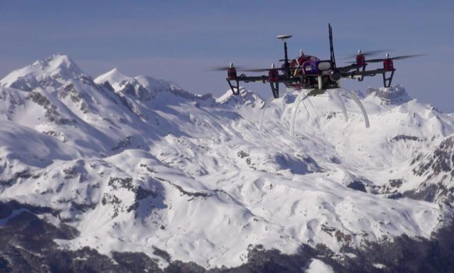 La escuela de drones pararescate