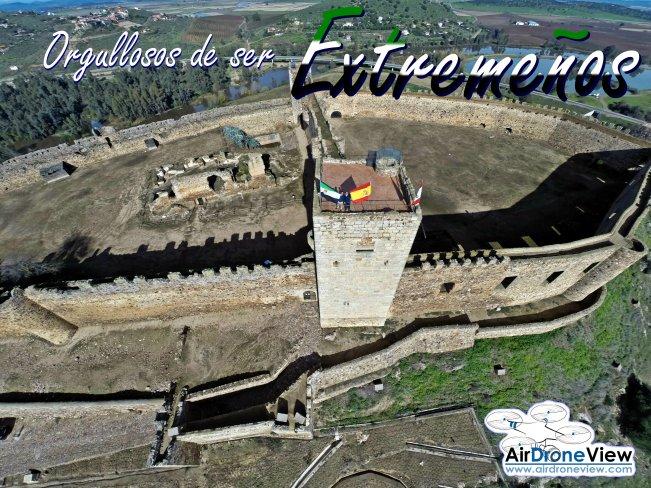 Orgullosos de ser Extremeños air drone view www.airdroneview.com orgullo extremeño extremadura empresa drones badajoz caceres merida medellin castillo ruinas teatro romano
