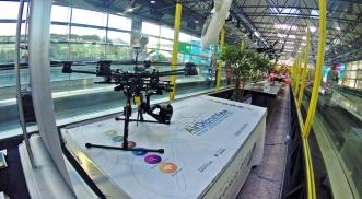 De aeromodelo a drone un vuelo fascinante air drone view www.airdroneview.com barajas adolfo suarez t2 terminal 2 exposicion drones rpas dron aena madrid aeropuerto gobierno de extremadura gobex 3
