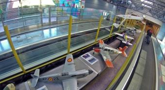 De aeromodelo a drone un vuelo fascinante air drone view www.airdroneview.com barajas adolfo suarez t2 terminal 2 exposicion drones rpas dron aena madrid aeropuerto gobierno de extremadura gobex 6
