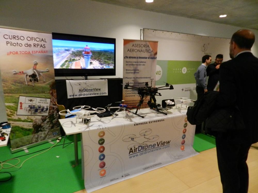 foro i+i 2015 extremadura avante gobex air drone view www.airdroneview.com networking internacionalizacion drones rpas badajoz españa caceres stand (1)