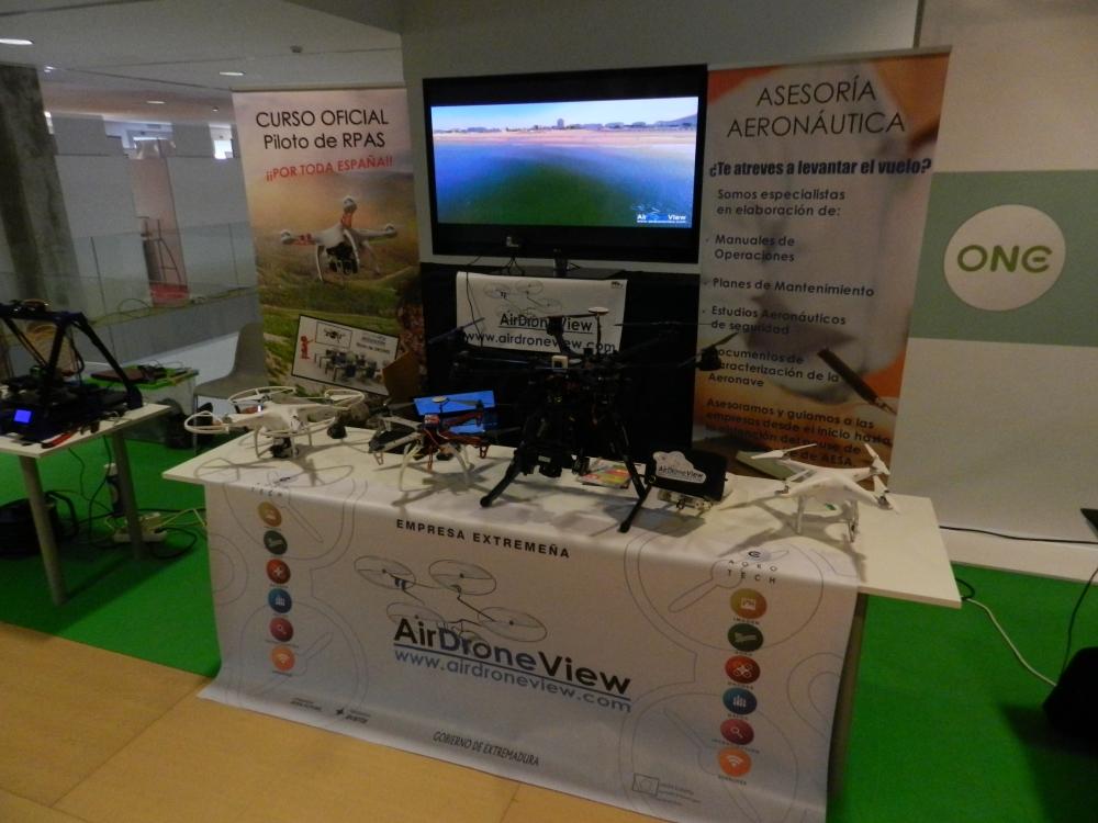 foro i+i 2015 extremadura avante gobex air drone view www.airdroneview.com networking internacionalizacion drones rpas badajoz españa caceres stand (5)