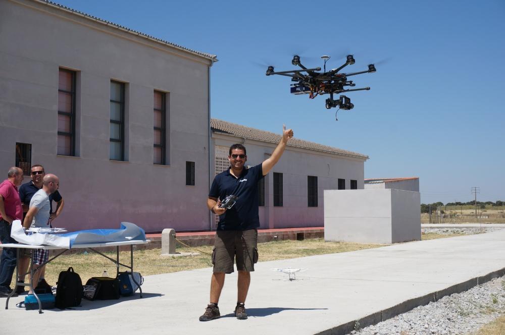 entrevista reportaje canal extremadura formacion piloto drones curso rpas adismonta air drone view mydofly ato aesa fomento badajoz caceres montanchez informativo (26)