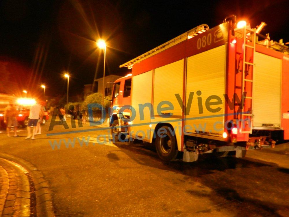incendio fuego contenedor vaguadas badajoz bomberos policia chalet arde ardiendo provocado incendiado noticia air drone view www.airdroneview.com (1)