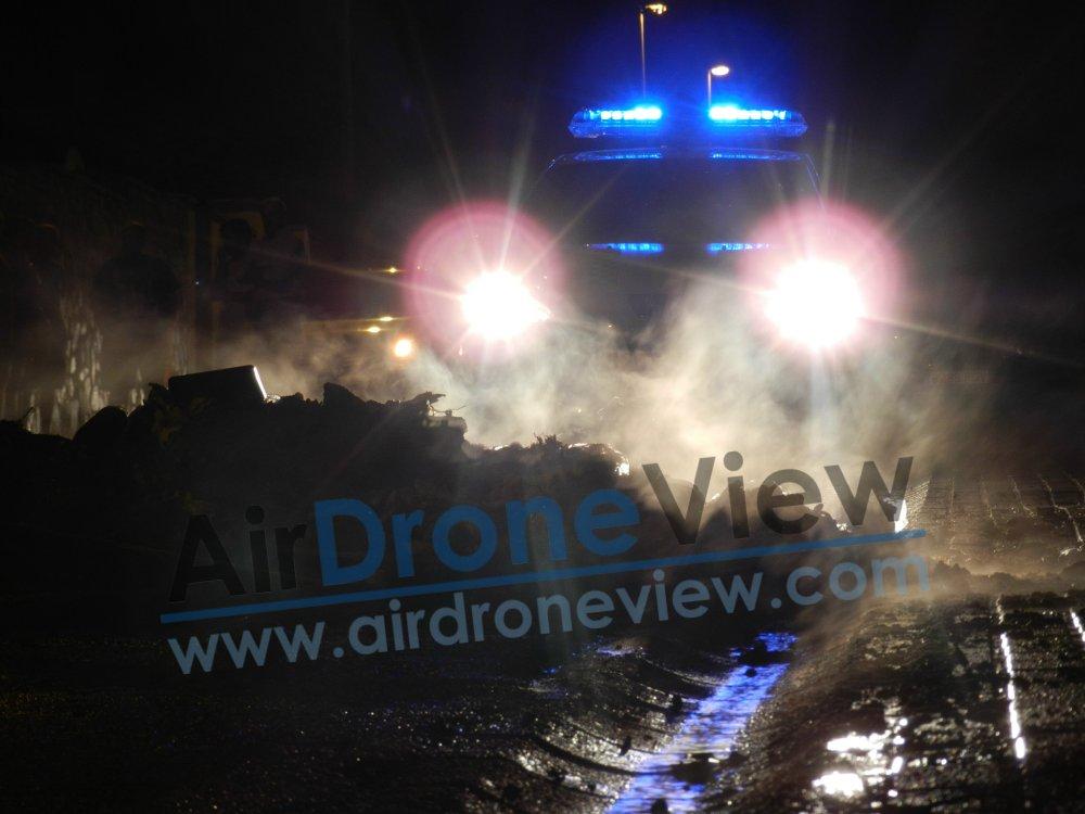 incendio fuego contenedor vaguadas badajoz bomberos policia chalet arde ardiendo provocado incendiado noticia air drone view www.airdroneview.com (3)a