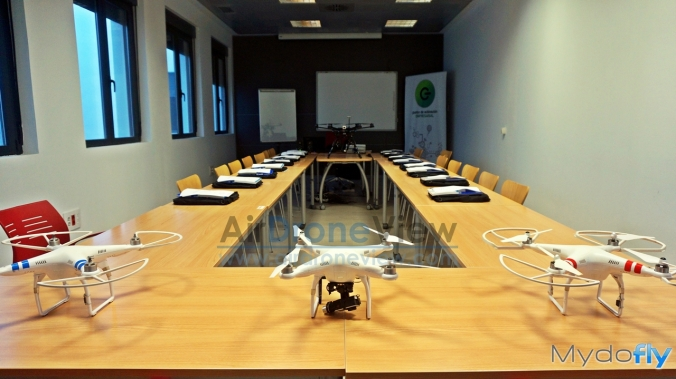 air drone view www.airdroneview.com curso oficial piloto rpas plasencia sexpe feval mydofly ato drones operador extremadura españa (1)a