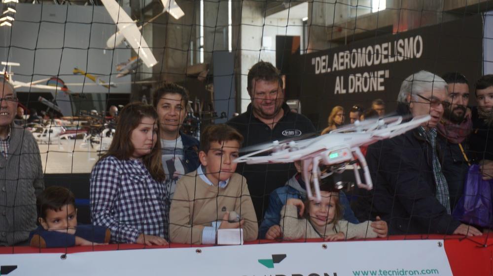 aeromodelismo dron air drone view www.airdroneview.com drones rpas uav españa expo ifeba badajoz portugal fehispor 2015 exhibicion exposicion profesional badajoz merida caceres extremadura (132)