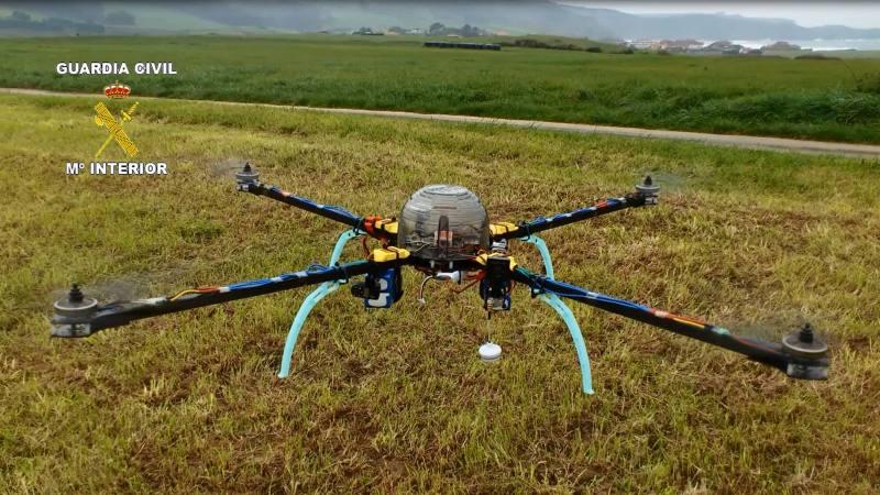 La Guardia Civil denuncia a un vecino de Luanco por pilotar drones incumpliendo laLey