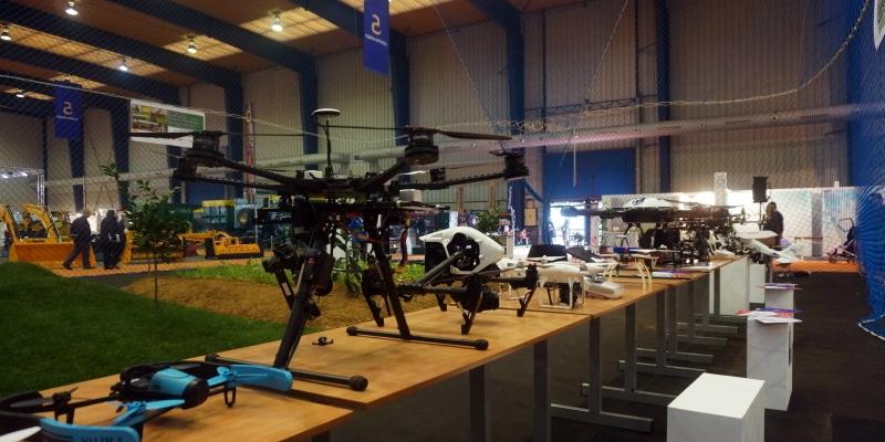 Exposición de drones en Espacio Dron de Agroexpo2016