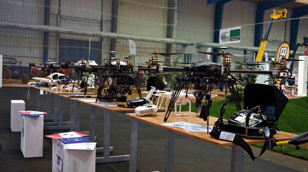 exposicion drones agroexpo 2016 don benito feval feria rpas uav exhibiciones air drone view www.airdroneview.com empresas expositor evento indoor (4)a