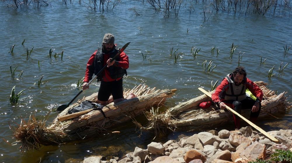 expedicion aborigen caminos del guadiana ruta rio air drone view www.airdroneview.com barca enea maykol alejandro documental (102)