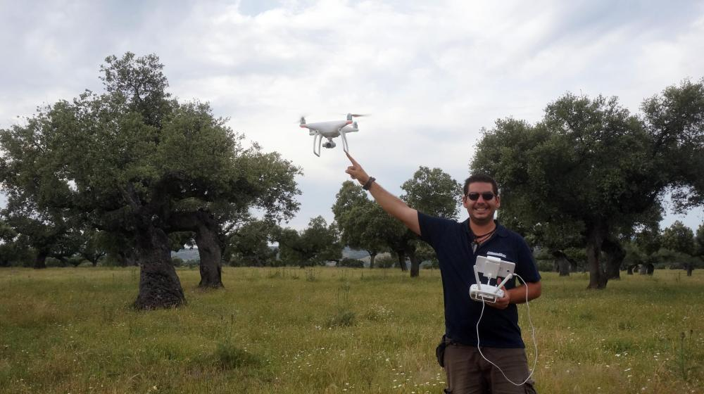 air drone view dji phantom 4 operadores drones legal aesa badajoz extremadura a vista de pajaro caceres vuelos aire  (4)