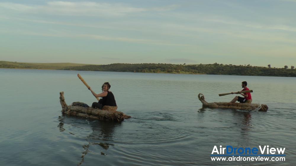 air drone view expedicion aborigen caminos del guadiana rio aventura dron drone badajoz portugal españa caceres descenso canal extremadura rtve extremadura ciudad real daimiel  (7)