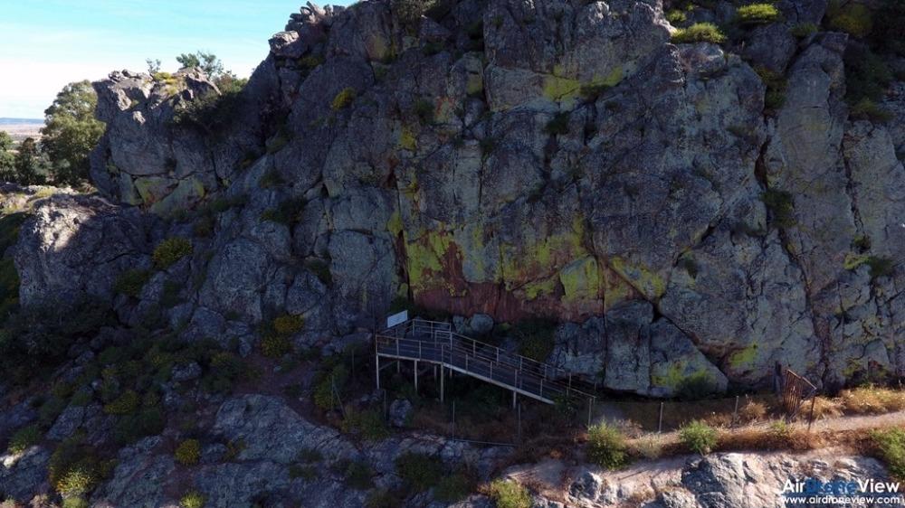 air drone view alburquerque castillo de luna castillo de azagala peña del aguila documental extremadura turismo aventura ocio drones badajoz caceres promocional  (1)