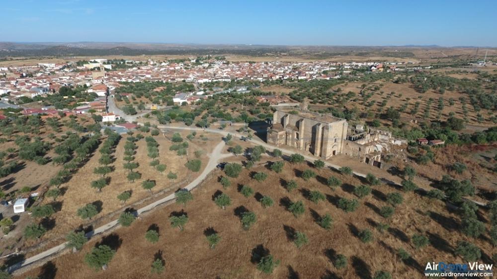 convento san antonio padua lista roja patrimonio garrovillas de alconetar air drone view www.airdroneview.com documental extremadura españa operador drones empresa badajoz caceres (2)