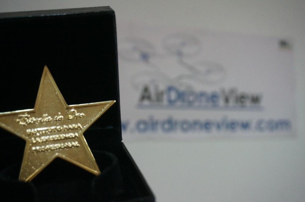 air-drone-view-estrella-oro-excelencia-profesional-empresarial-madrid-espana-extremadura-badajoz-operador-drones-premio-galardon-4