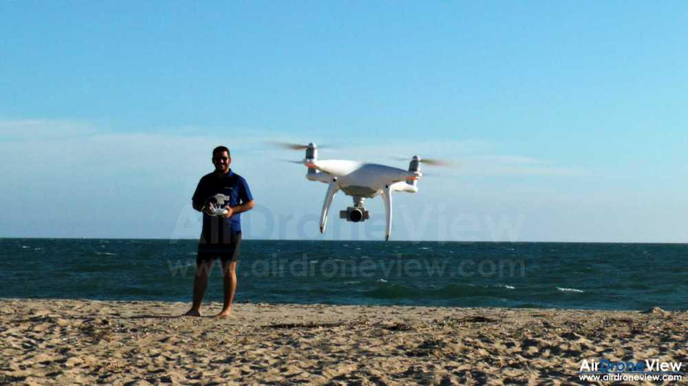 air-drone-view-www-airdroneview-com-huelva-ayamonte-isla-canela-punta-del-moral-drones-foto-video-aereo-reportaje-turismo-apartamentos-golf-playa-portugal-montegordo-camara-profesional-2