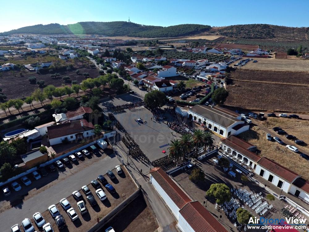 air-drone-view-www-airdroneview-com-reportaje-video-profesional-foto-drones-extremadura-espana-ejercito-brimz-xi-santos-maimona-jura-bandera-10a