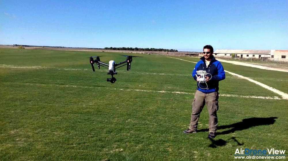 www-airdroneview-com-air-drone-view-espana-drones-operador-empresa-video-corporativo-comercial-novogreen-bernabeu-cesped-cultivo-agricultura-valdeinigos-arevalo-avila-extremadura-2a