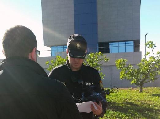La Policía Nacional derriba un dron que sobrevolaba la comisaría deCastellón
