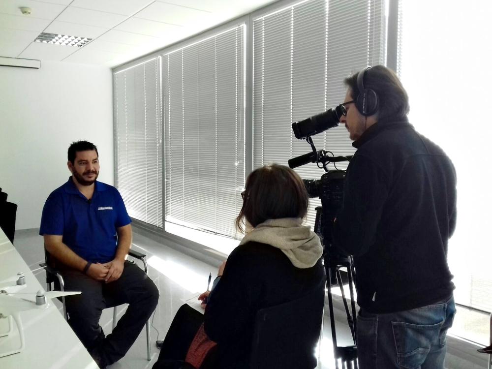 entrevista-air-drone-view-www-airdroneview-com-extremadura-drones-rpas-uav-espana-plan-de-empresa-canal-tv-mara-jose-drones-contratar-1