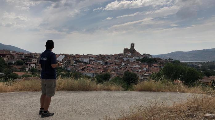 air drone view operadores turismo hervas los conversos caceres barrio judio historia tradiciones (5)